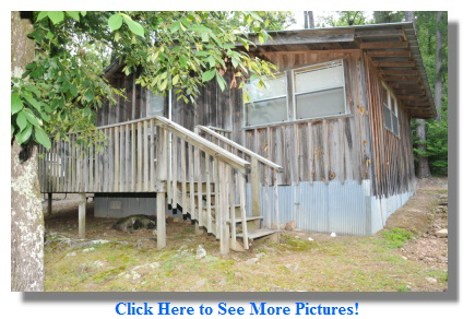 Cabin for Rent Overlooking the Caddo River in Arkansas